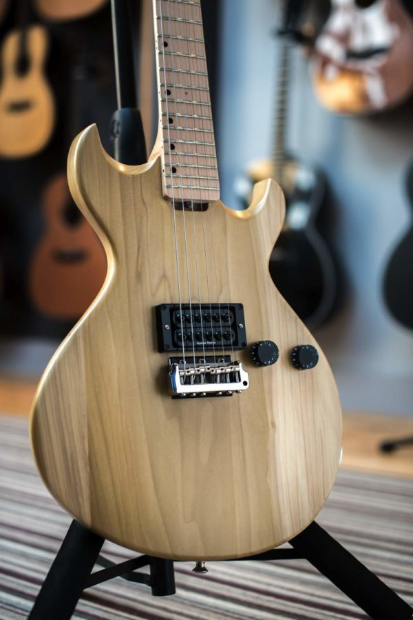 Guardian electric guitar natural body photo - Gordon Smith Guitars