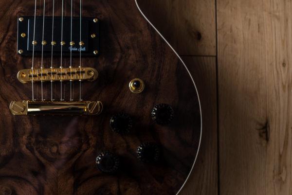 GS Deluxe - 18253 - Side