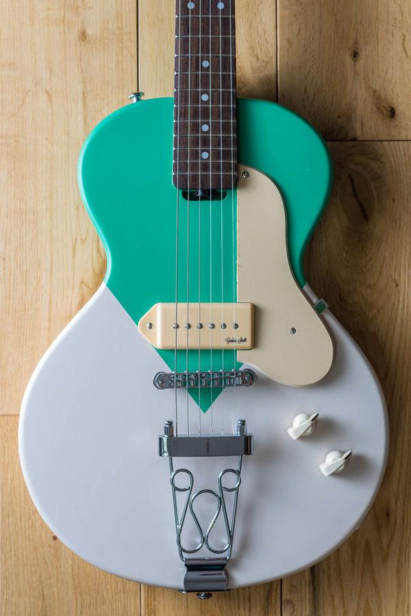 GS NoCut White Green Body