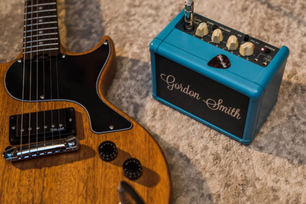 GS-3-mini-amp-with-guitar